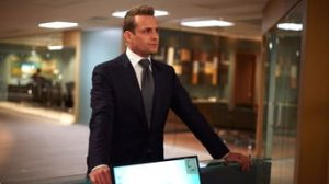 Suits 5. Sezon 1. Bölüm